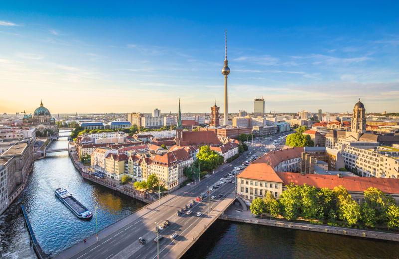 conv-nn-bigmax-2019/img_berlin_landscape.jpg